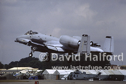 Republic Fairchild A-10A Thunderbolt II of USAF Europe landing, International Air Tattoo (IAT), RAF Fairford, UK, July 1995