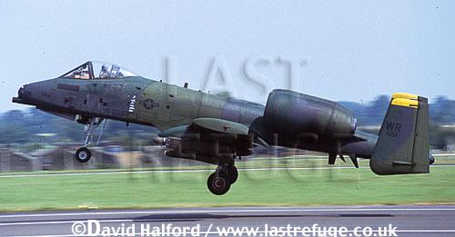 Republic Fairchild A-10A Thunderbolt II of USAFE, from RAF Woodford, landing, International Air Tattoo (IAT), RAF Fairford, UK, July 1991