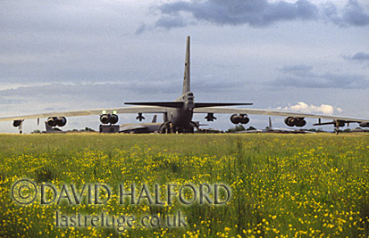 Boeing B-52H / B.52H / B52H Stratofortress, (60-0039), 2nd BW Air Combat Command (ACC), from Barksdale Air Force Base (AFB) USAF, on static, with flowers, RAF Fairford, UK, May 1999