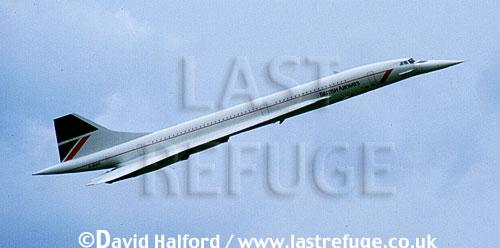 Aerospatiale/British Aircraft Corporation (BAC) or British Aircraft Corporation (BAC)/Aerospatiale Concorde SST, Aerospatiale / British Aircraft Corporation (BAC) or British Aircraft Corporation (BAC) / Aerospatiale Concorde SST, British Airways, flying, Royal International Air Tattoo (RIAT), RAF Fairford, UK, July 1987