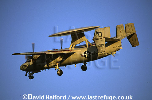 (Northrop) Grumman E-2C / E.2C / E2C Hawkeye, (AO/3029/625), US Navy, landing, Naval Air Station (NAS) Oceana, Virginia (VA), USA, May 2003