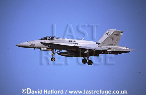 Boeing (McDonnell Douglas) F/A-18C / FA.18C / FA18C Hornet, (AA/300), VFA-83 'Rampagers', US Navy (USN), landing, Naval Air Station (NAS) Oceana, Virginia (VA), USA, May 2002