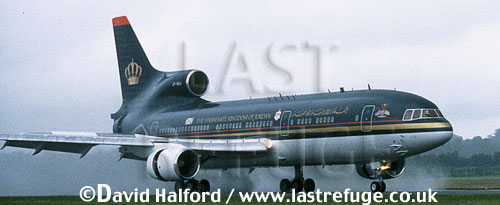 Lockheed L-1011 TriStar, Alia Jordanian Airlines, piloted by King Hussein, landing, IAT, RAF Fairford, UK, date ?
