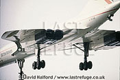 Aerospatiale/British Aircraft Corporation (BAC) or British Aircraft Corporation (BAC)/Aerospatiale Concorde SST, Aerospatiale / British Aircraft Corporation (BAC) or British Aircraft Corporation (BAC) / Aerospatiale Concorde SST, underside view, British Airways, flying, Farnborough, UK, September 1994