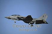 Grumman F-14B / F.14B / F14B Tomcat, (112), VF-103 'Jolly Rogers', US Navy (USN), landing, Naval Air Station (NAS) Oceana, Virginia (VA), USA, May 2002