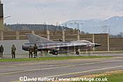 Saab / SAAB J35OE / J 35OE (originally J35D / J 35D) Draken (21) of the Oesterreichische Luftstreitskraefte (Austrian Air Force)'s Ueberwachungsgeschwader (Air Superiority Wing) taxying - Zeltweg Air Base, Austria / April 2005