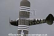 Piper L-5 'Grasshopper' (57-H) flying, Imperial War Museum (IWM), Duxford, U.K. / UK - 2004