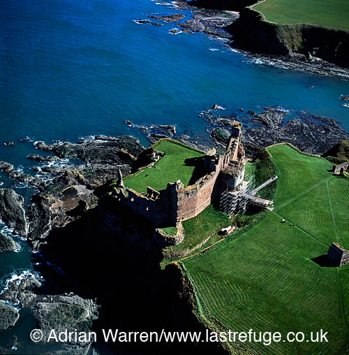 Tantallon Castle, East of North Berwick, Lowlands, Scotland