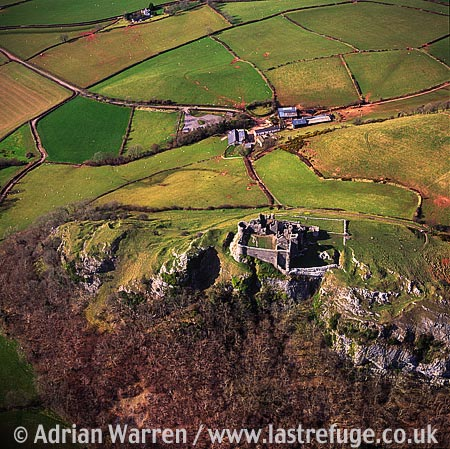 Carreq Cennen Castle, 4.5 m SE of Llandeilo, Carmarthenshire. Large and impressive stone ruin., South Wales