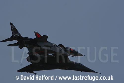 Dassault Mirage IVP, Dassault Mirage IIIE + Jaguar E flying-17, Cazaux, June 2005