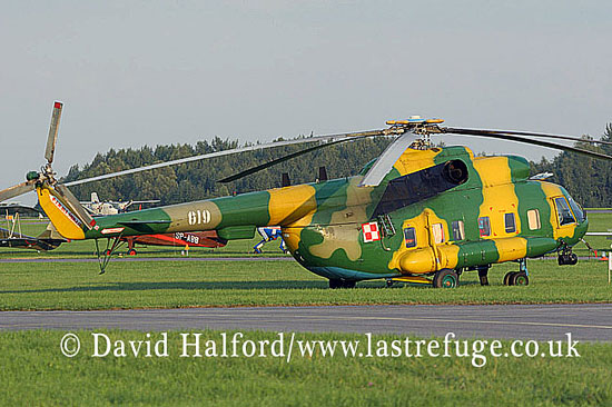 Large military transports: Mil Mi-8S (619), Polish AF, Radom, Poland, 08-2005_9069A