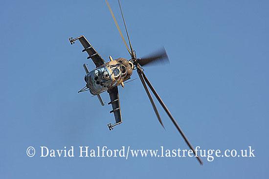 Attack helicopters : Mil Mi-35 Hind (854), LARAF, Mitiga AFB, Tripoli, Libya, 10-2009_0202