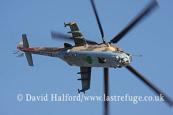 Attack helicopters : Mil Mi-35 Hind (854), LARAF, Mitiga AFB, Tripoli, Libya, 10-2009_0206