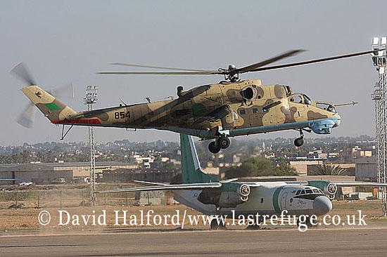 Attack helicopters : Mil Mi-35 Hind (854), LARAF, Mitiga AFB, Tripoli, Libya, 10-2009_0220