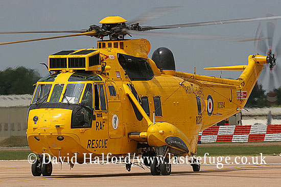 Search and Rescue Combat aircraft: Westland Sea King HAR.3A (XZ594-J) of 203(R) Sqn RAF, RIAT, RAF Fairford, UK, July 2006_6735