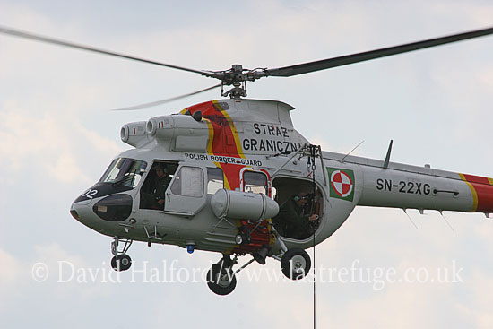 Paramilitary and Medical emergency: Mil Mi-2 (SN-22XG). Polish Border Guard, Radom, Poland, 08-2005_8707