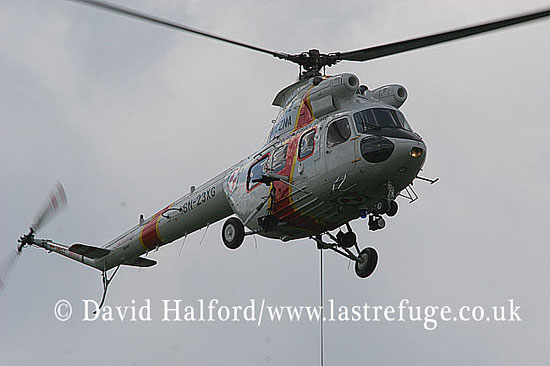 Paramilitary and Medical emergency: Mil Mi-2 (SN-23XG). Polish Border Guard, Radom, Poland, 08-2005_8698