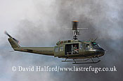 Warbirds and Museums: Bell UH-1 Huey (0-10105), US Army markings, CAF Sho, Midland (TX), USA, 09-2007_0026