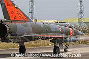 Dassault Mirage IIIE (560) taxying-27, Cazaux, June 2005