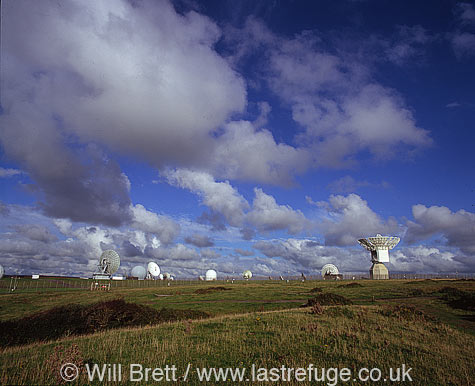 Morwenstow GCHQ listening post with dish and sphere receivers