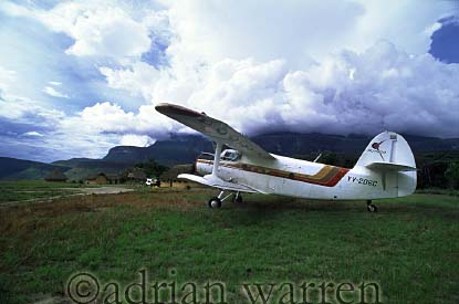 Antonov, Uruyen, with Mount AUYANTEPUI in background, Venezuela