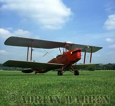 Tiger Moth : G-ACDC, Tiger club, Redhill, Surrey, England
