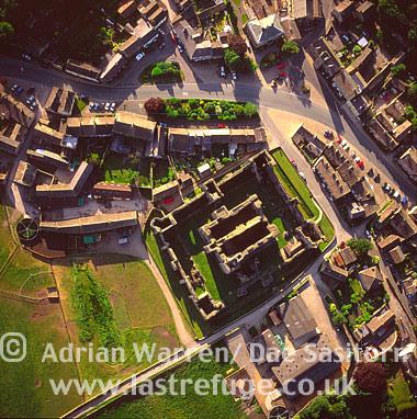 Middleham Castle, Wensleydale, Yorkshire Dales, North Yorkshire, England