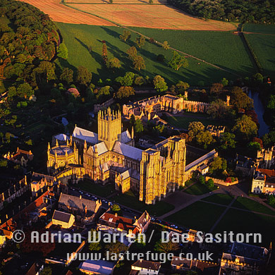 Wells Cathedral and Bishop's Palace, Somerset, England
