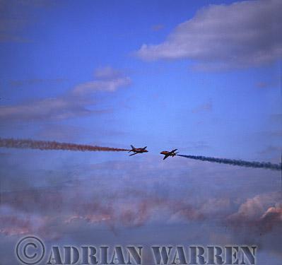 Military Airshow: British Aerospace Hawk T1As, RAF's Red Arrows Aerobatic Team, RAF Scampton, The Royal International Air Tattoo 2002, Fairford, Gloucestershire, England, UK