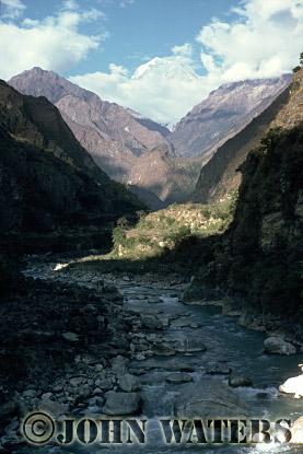 Kali Gandaki River, near Tatopani, Nepal, Asia