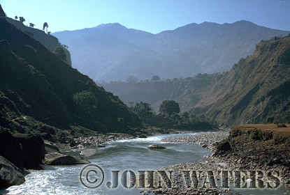 Kali Gandaki River, flowing south towards Kusma, Nepal, Asia