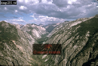 GLACIAL VALLEY, Kings Canyon National Park, USA