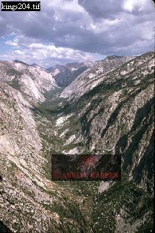 GLACIAL VALLEY, Kings Canyon National Park, USA
