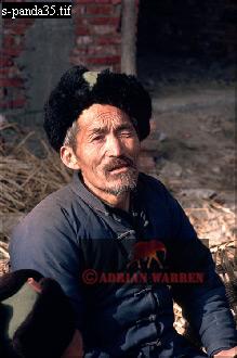 Village of HUAYAN, Qinling Mts., Shaanxi, China, 1993