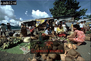 Market in TERNATE, Moluccas, Indonesia