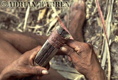 Waorani Indians : Blowgun making, rio Cononaco, Ecuador, 1983