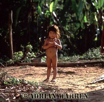 Waorani Indian girl : rio Cononaco, Ecuador, 2002