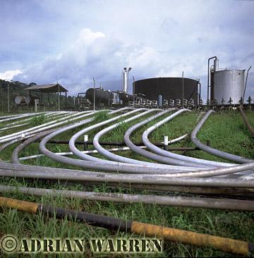 Waorani Indians : Texaco oil installation, rio Cononaco, Ecuador, 2002