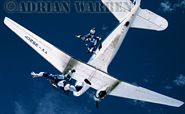 Skydiving on to AUTANA 1985